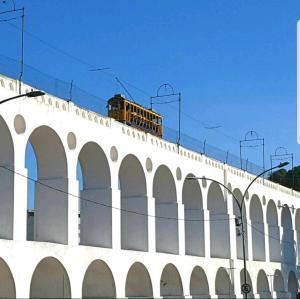 Excelente Quarto com Ótima Localização, Pensionen  Rio de Janeiro - big - 1