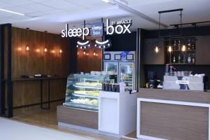 Sleep Box by Miracle, Hostelek  Bangkok - big - 21