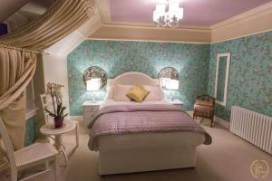 Trinity Boutique B&B, Bed and Breakfasts  Peterhead - big - 17