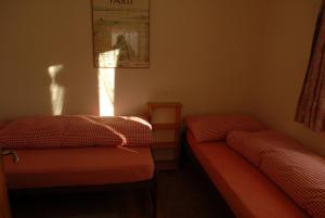 Ferienwohnung, Apartmány  Klosters Serneus - big - 5