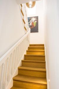 Cayres Suites Surdo, Apartments  Funchal - big - 41