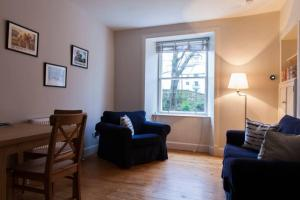 1 Bedroom Apartment near New Town Sleeps 2, Apartments  Edinburgh - big - 11