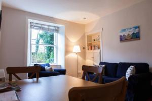 1 Bedroom Apartment near New Town Sleeps 2, Apartments  Edinburgh - big - 9