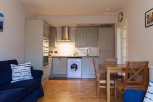1 Bedroom Apartment near New Town Sleeps 2, Apartments  Edinburgh - big - 8