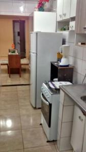 Apartamento Ed. Karolline, Apartmány  Salvador - big - 14
