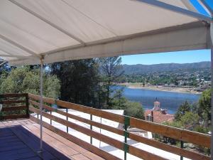 Complejo Oasis Del Lago, Apartmány  Villa Carlos Paz - big - 7