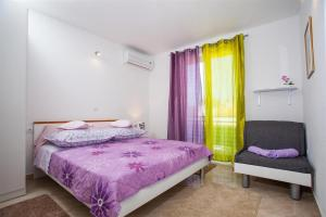 Apartment Baska Voda 12421a