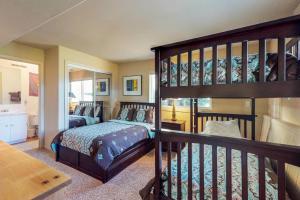 Crystal Blue, Holiday homes  Incline Village - big - 8