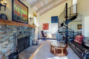 Crystal Blue, Holiday homes  Incline Village - big - 2
