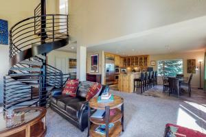 Crystal Blue, Holiday homes  Incline Village - big - 33