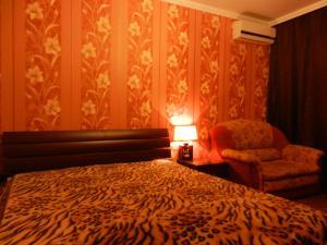 Chelny Apartments Hotel