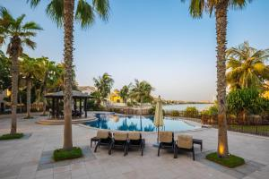 Yanjoon Holiday Homes - Palm Jumeirah Frond A Villas - Dubai