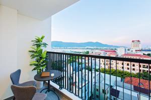 Zen Diamond Suites Hotel, Hotels  Da Nang - big - 19