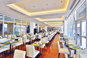 Zen Diamond Suites Hotel, Hotels  Da Nang - big - 31
