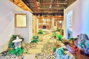 Zen Diamond Suites Hotel, Hotels  Da Nang - big - 37