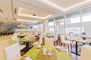 Zen Diamond Suites Hotel, Hotels  Da Nang - big - 32