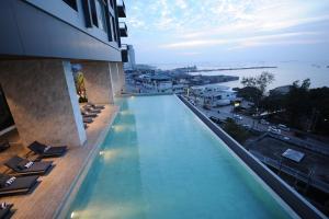 Oakwood Hotel & Residence Sri Racha