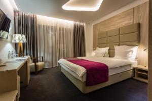 Hotel Colors Inn - фото 7