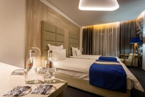 Hotel Colors Inn - фото 8