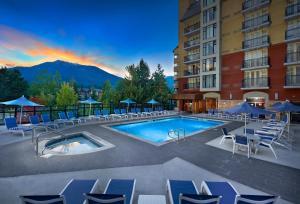 Hilton Whistler Resort & Spa - Accommodation - Whistler Blackcomb