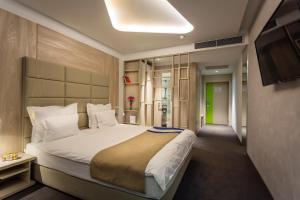 Hotel Colors Inn - фото 3