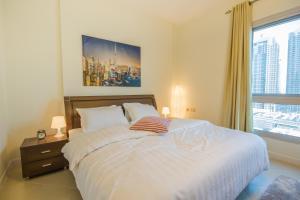 Luxury Apartment - Marina Diamond 4 - Dubai