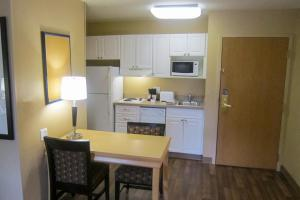 Extended Stay America - Washington, D.C. - Chantilly - Airport, Apartmánové hotely  Chantilly - big - 2