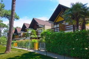 Villa a schiera Riviera 80, Ferienhäuser  Lignano Sabbiadoro - big - 1