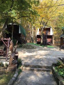Поместье Холодный Ручей, Penzióny  Goryachiy Klyuch - big - 42