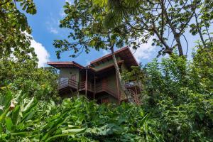 Cala Lodge