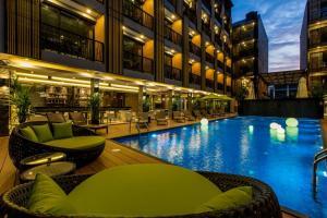 GLOW Ao Nang Krabi, Hotels  Ao Nang Beach - big - 1