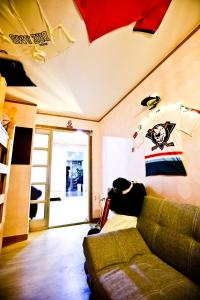 Pirate Ship Pension & Guesthouse, Penziony  Andong - big - 53