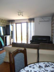 Apartments Rose, Апартаменты  Будва - big - 47