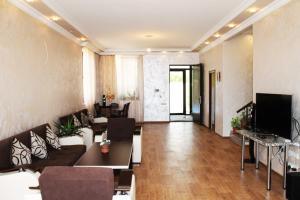 AA6002, Vily  Yerevan - big - 3
