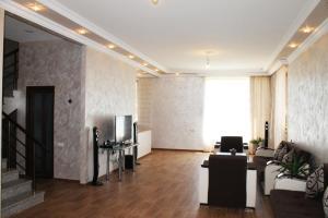 AA6002, Vily  Yerevan - big - 4