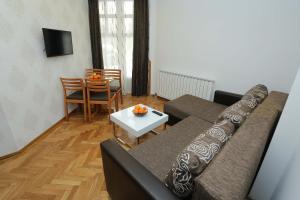 Villa Romantika, Apartmány  Zlatibor - big - 100