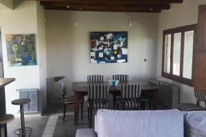 Home in the heart of the wine region, hosts 4, Dovolenkové domy  Maipú - big - 2