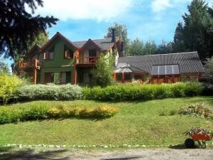 Hostería Cohuel, Gasthäuser  Villa La Angostura - big - 11