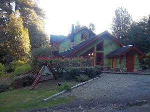 Hostería Cohuel, Gasthäuser  Villa La Angostura - big - 16