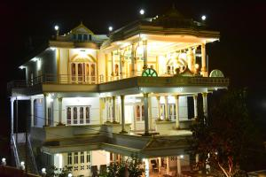 White Gold Palace, Privatzimmer  Sultan Bathery - big - 1