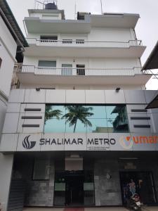 Shalimar Metro, Szállodák  Kocsín - big - 1