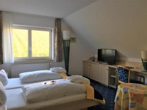 Seehotel OFF, Hotely  Meersburg - big - 14