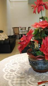 Setra Duta Hegar Syariah Guest House, Penziony  Bandung - big - 18