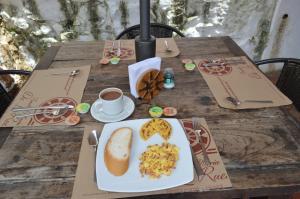 Santa María de la Rueda, Отели типа «постель и завтрак»  Barichara - big - 4