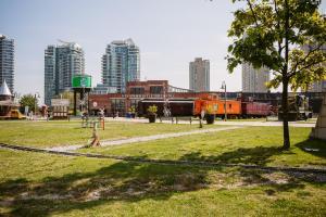 QuickStay - Classy 5bdrm House in Vaughan, Ferienhäuser  Toronto - big - 29