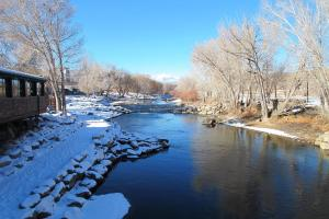 River Time, Дома для отпуска  Salida - big - 20