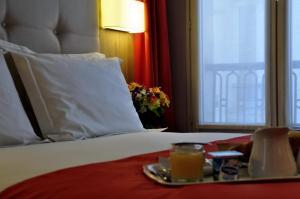 Париж - Hotel Floridor Etoile