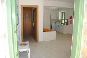 Villa Tati, Дома для отпуска  Kastós - big - 6