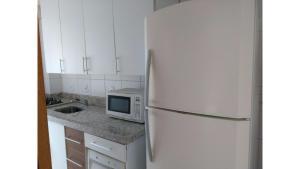 Apartamento alto padrão, Ferienwohnungen  Florianópolis - big - 8
