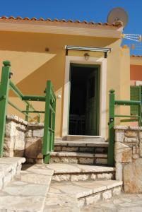 Villa Tati, Дома для отпуска  Kastós - big - 25